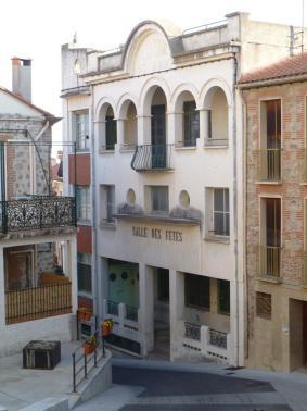 Ancienne salle des fêtes sur la Côte de la Place