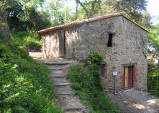 The mill of the Pave has been fully restored by the association Heritage of Laroque des Alberes